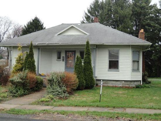 202 Franklin Pl, Grove City, PA 16127
