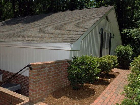 1835 Valley Rd NE, Gainesville, GA 30501