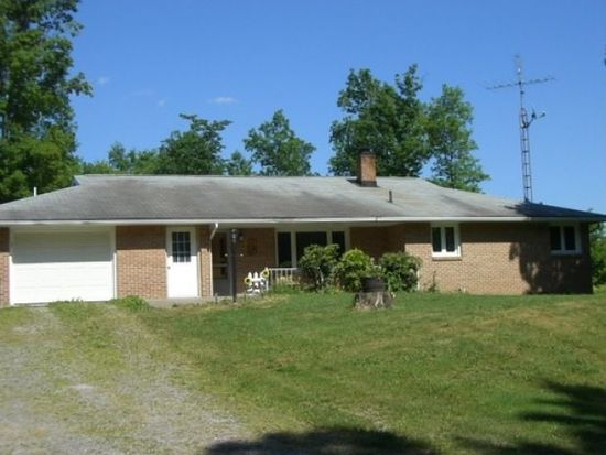 32 S Summit Rd, Greenville, PA 16125
