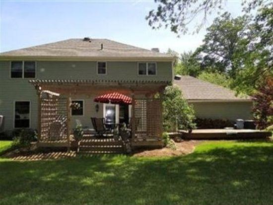 17652 Hampton Pl, Strongsville, OH 44136