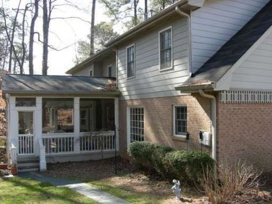 4910 Forestglade Ct, Stone Mountain, GA 30087