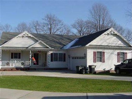 1854 Bridgeview Ln, Conneaut, OH 44030