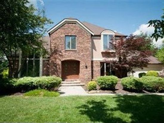 18059 Williamsburg Oval, Strongsville, OH 44136