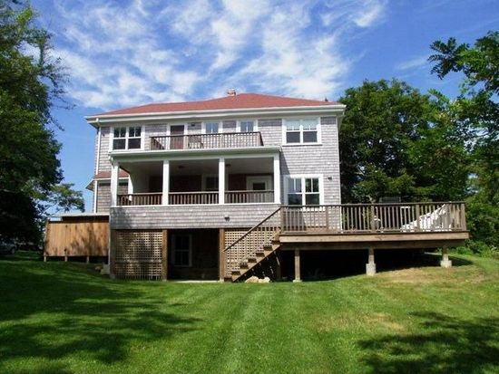 513 Connecticut Ave, Block Island, RI 02807