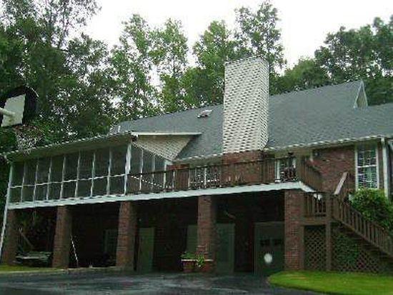 1481 Plantation Dr, Sandersville, GA 31082
