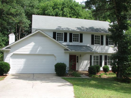 6408 Cape Charles Dr, Raleigh, NC 27617