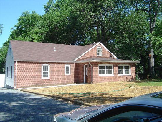 4018 Woodland Rd, Annandale, VA 22003
