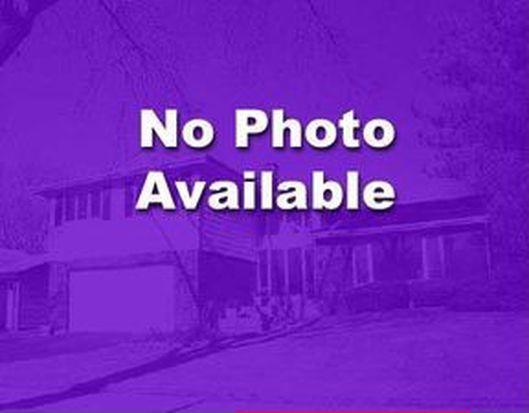 7N015 Canterbury Ct, Saint Charles, IL 60175