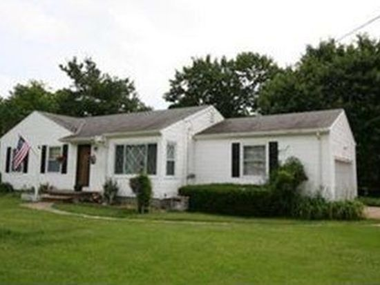 8500 Valley View Rd, Macedonia, OH 44056