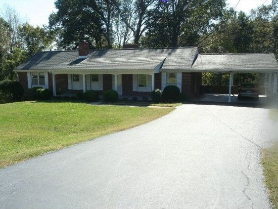 118 Mulberry Ct, Martinsville, VA 24112