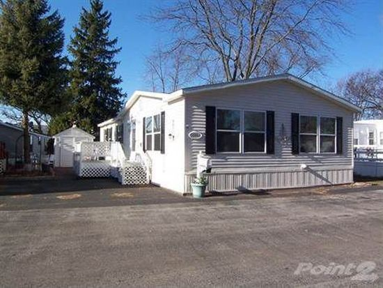 32550 N Center Ln, Grayslake, IL 60030