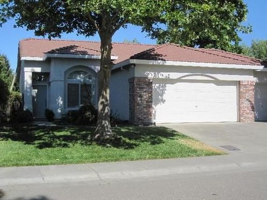 932 Santiago St, Davis, CA 95618