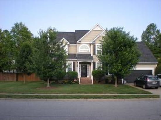 617 Sydenham Blvd, Chesapeake, VA 23322