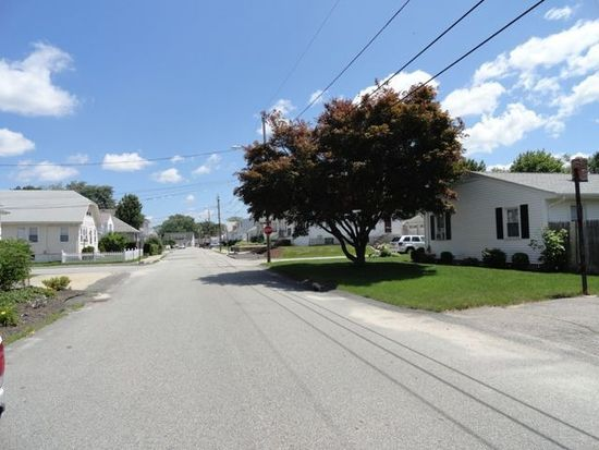 50 Victor Ave, Johnston, RI 02919