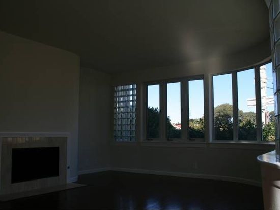 1111 Bay St APT 207, San Francisco, CA 94123