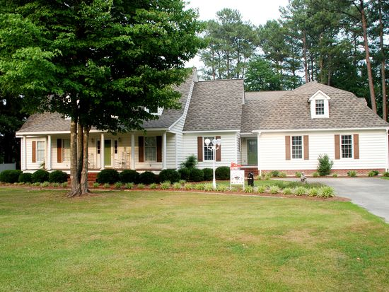 1095 Forest Dr, Williamston, NC 27892