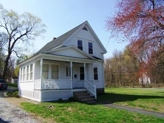 41 Lowell St, Andover, MA 01810