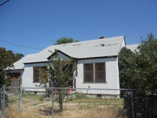 406 S East St, Alturas, CA 96101