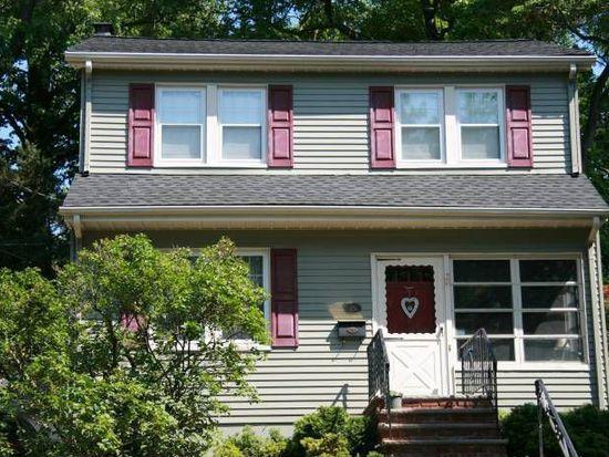 15 Roosevelt St, Roseland, NJ 07068
