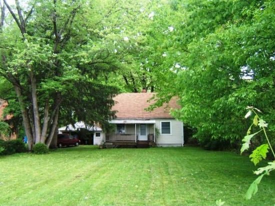 12908 Huffman Rd, Parma, OH 44130