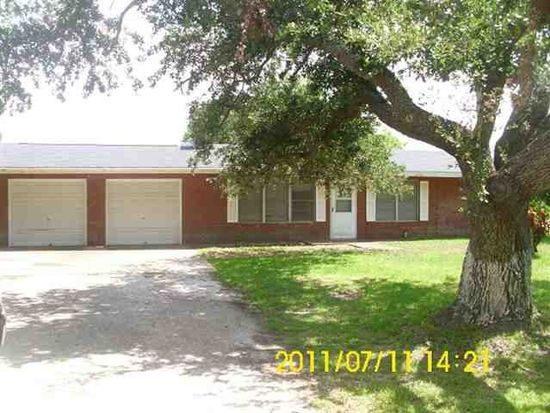 243 Mcbride St, Winnie, TX 77665