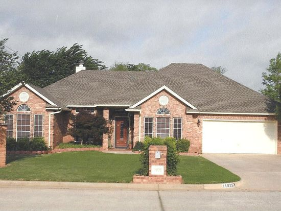 11925 Autumn Leaves, Oklahoma City, OK 73170