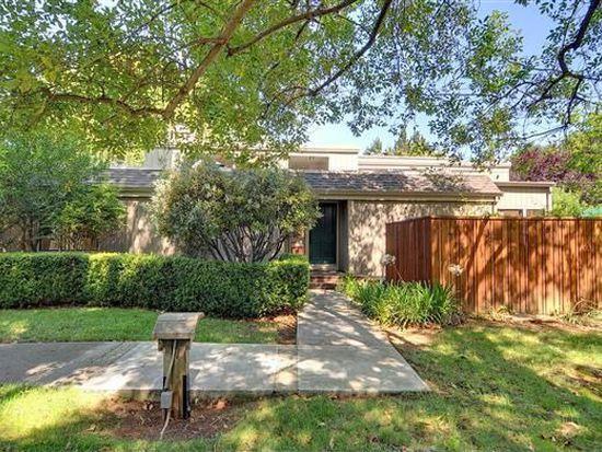 13 Farm Rd, Los Altos, CA 94024