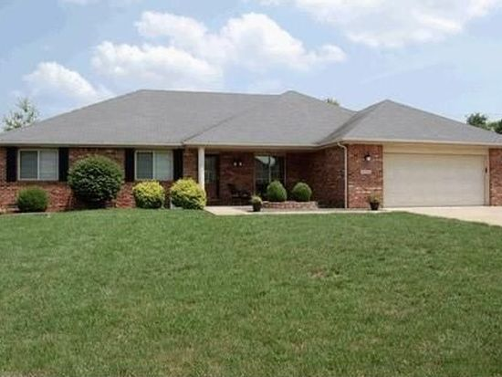 8750 Carriage Ln, Pendleton, IN 46064