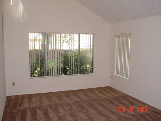 10334 Caminito Banyon, San Diego, CA 92131