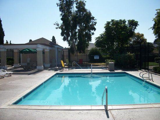 263 Riverview Way, Oceanside, CA 92057