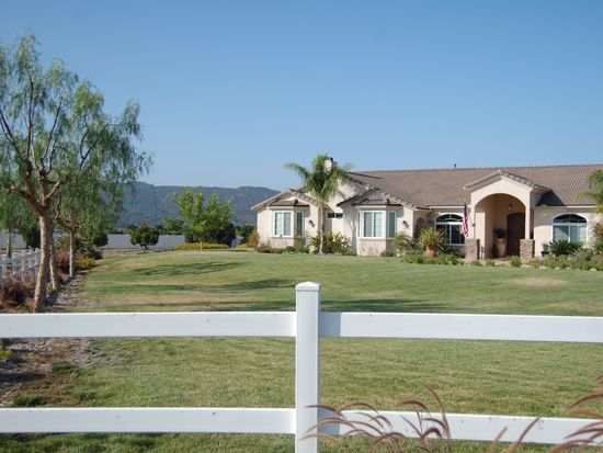 28404 Almona Way, Valley Center, CA 92082