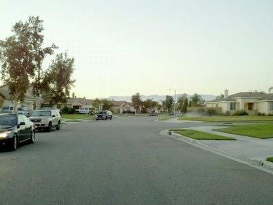 11243 Blackwood St, Fontana, CA 92337