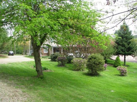 40 Middle Oxbow Rd, Hinsdale, NH 03451