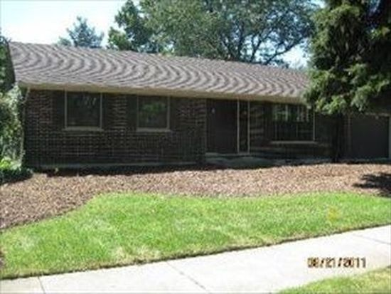 111 E Burr Oak Dr, Arlington Heights, IL 60004