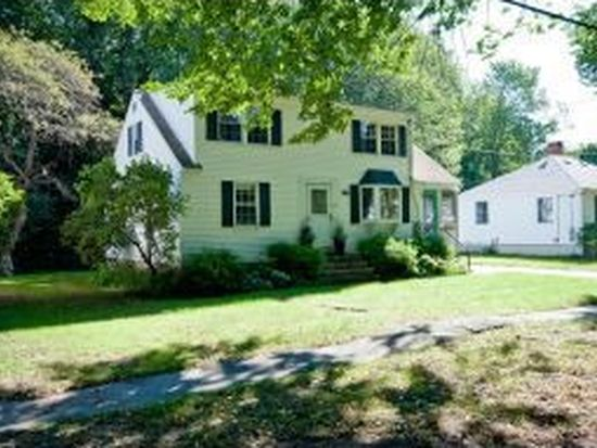 379 Colonial Dr, Portsmouth, NH 03801