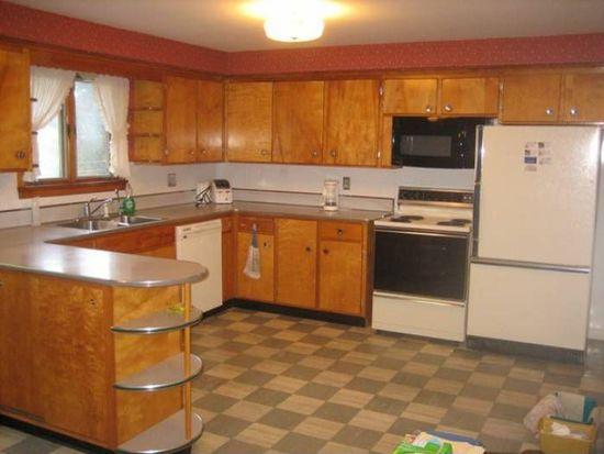 7314 Center Rd, West Falls, NY 14170