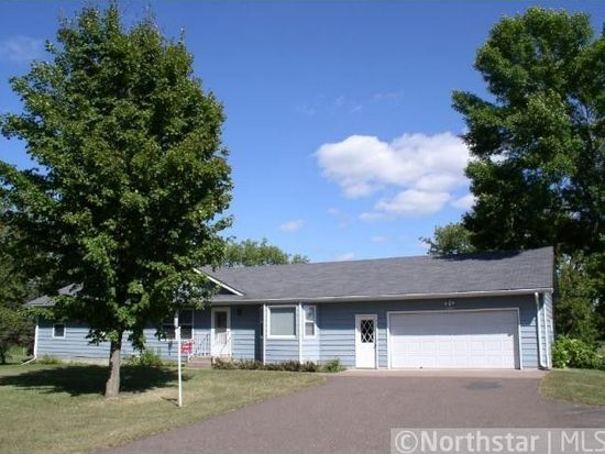 34729 Oasis Rd, Lindstrom, MN 55045