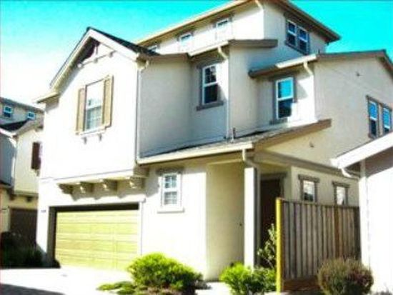 355 Sycamore St, Pacifica, CA 94044