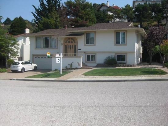 962 Park Pacifica Ave, Pacifica, CA 94044