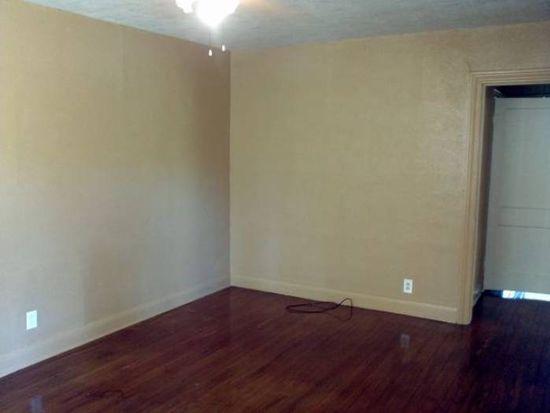 2845 Amarillo St, Beaumont, TX 77701