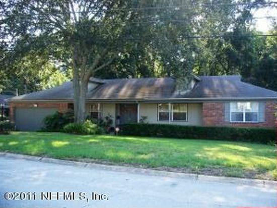 924 Parkridge Cir W, Jacksonville, FL 32211