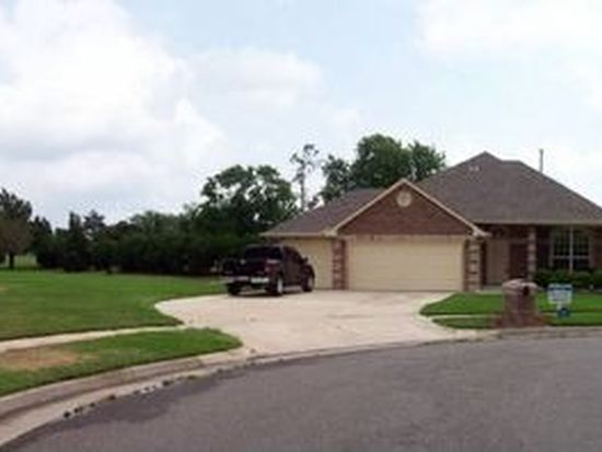 3312 Michelle Ct, Moore, OK 73160
