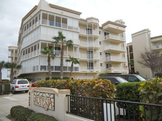 425 Pierce Ave UNIT 406, Cape Canaveral, FL 32920