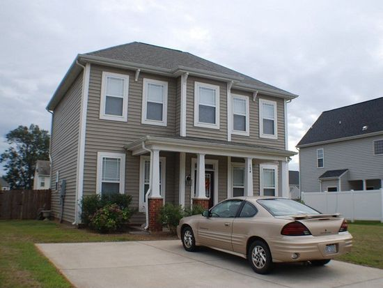 124 Hardaway Pt, Clayton, NC 27527
