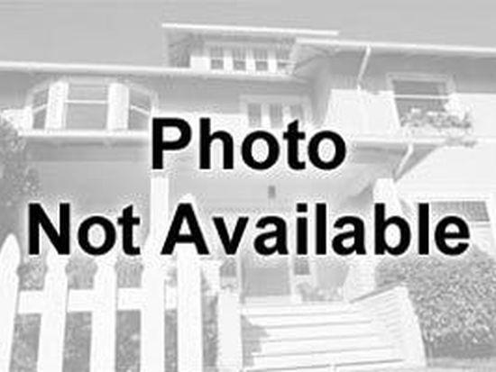 419 Homestead Ln, Rockford, IL 61102