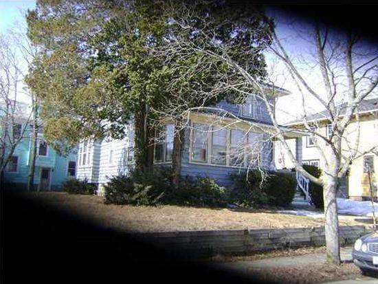 43 Harding Ave, Cranston, RI 02905