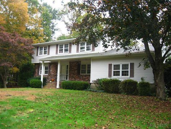 71 Edgewood Rd, Ossining, NY 10562