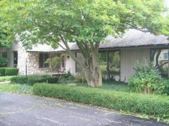 12 Foxiana Ct, Oak Brook, IL 60523
