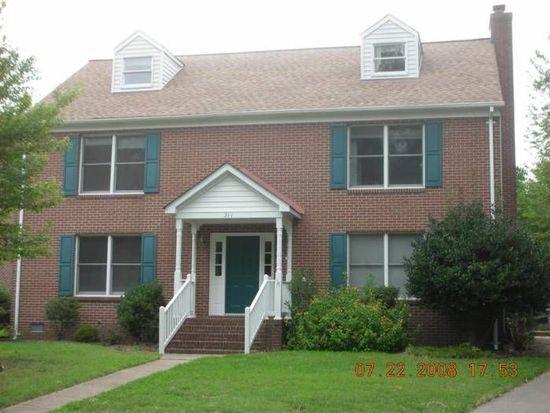 311 Burgh Westra Dr, Hampton, VA 23669