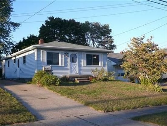681 E Catawba Ave, Akron, OH 44306